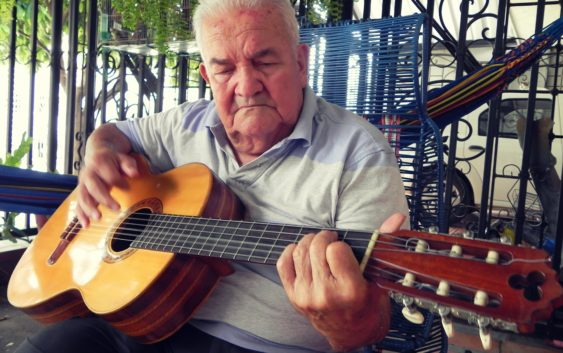 Álvaro Córdoba Farfán: el compositor huilense del amor