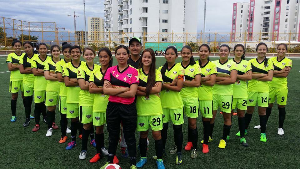 El balón también es de ellas: la hora del fútbol femenino en el Huila