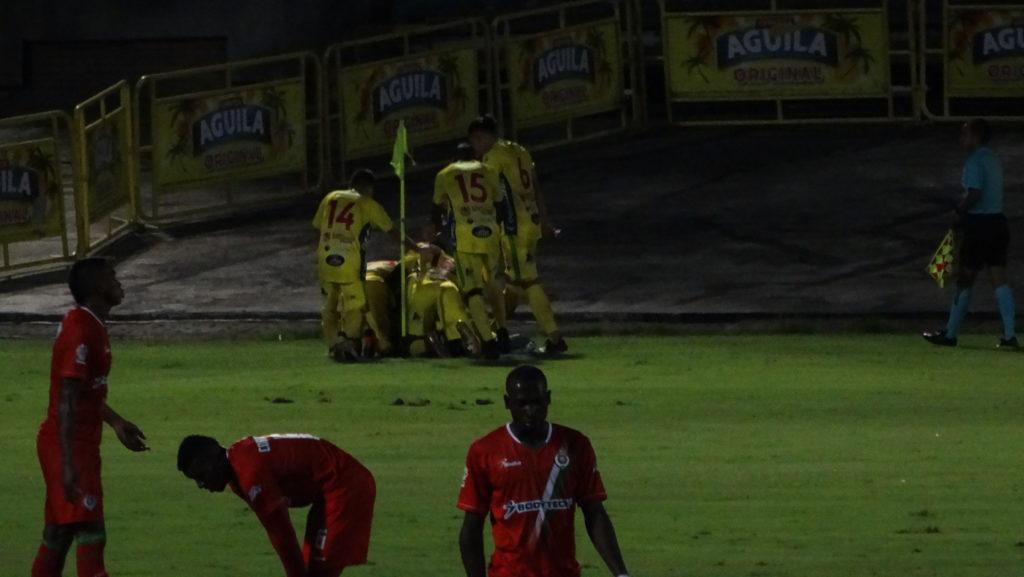 El Atlético Huila obtuvo su primera victoria en la Copa Águila ante Cortuluá